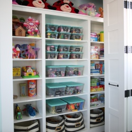 Organized Playroom by Sunny Side Up